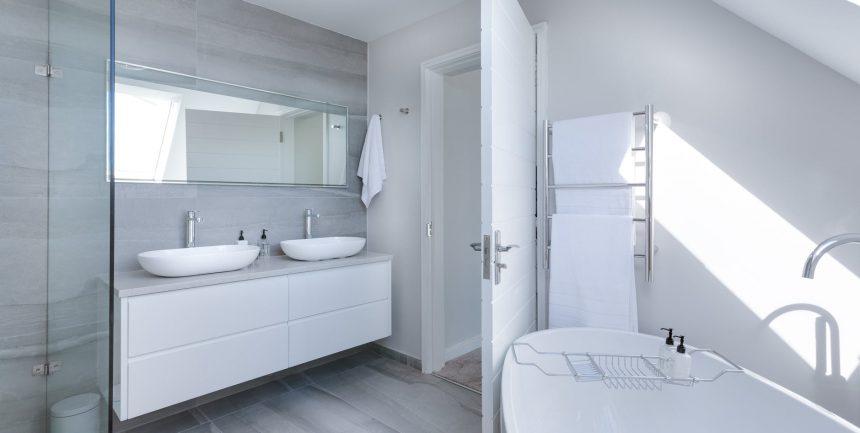 modern glass shower doors types